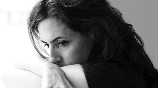 Prežvakavanje misli kao karakteristika osoba koje pate od depresije