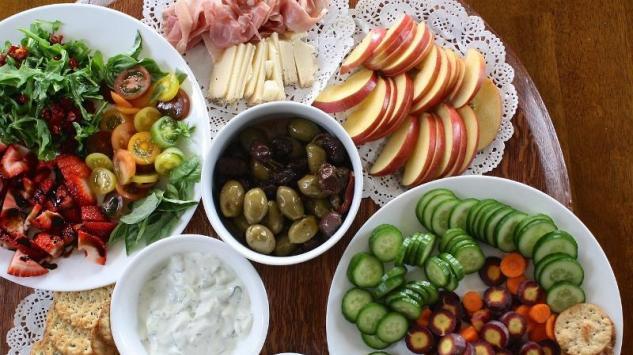 5 lakih ljetnjih obroka koje možete spremiti očas posla