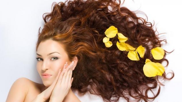 Uz pomoć sastojaka iz kuhinje, uklonite neželjenu farbu sa kose