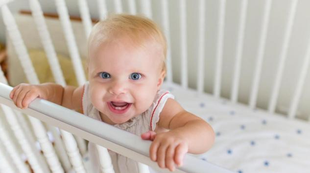 Kako izabrati krevetac za bebe?