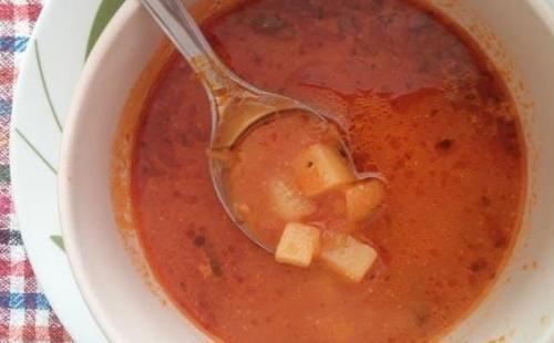 Čorba od paradajza i krompira