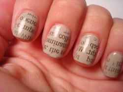Ako želite neobičan uzorak slova na noktima...
