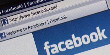 Na facebook-u si! Ponašaj se!