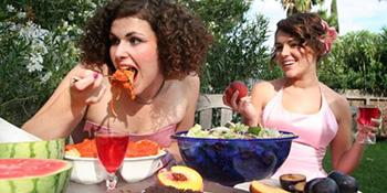 Ljetni mjeseci: koje hrane treba da se čuvate?