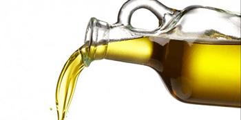 Kako sa tkanine ukloniti fleke od ulja i masti