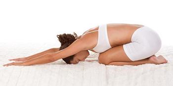 5 joga položaja za elastičnost tijela, bolji san i opuštanje
