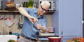 Trikovi slavnih kuvara: Kako biste brže ispekli jaja u tiganju...