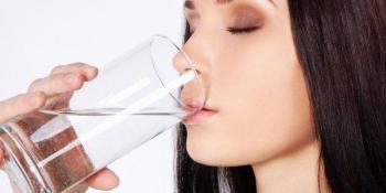 Pogledajte zbog čega je dobro piti vodu na prazan stomak