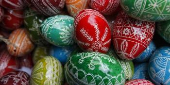 Jednostavna uputstva za ukrašavanje jaja voskom