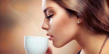 Zašto ne bi trebalo da pijete kafu ujutru na prazan stomak