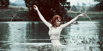 Žena iz jezera