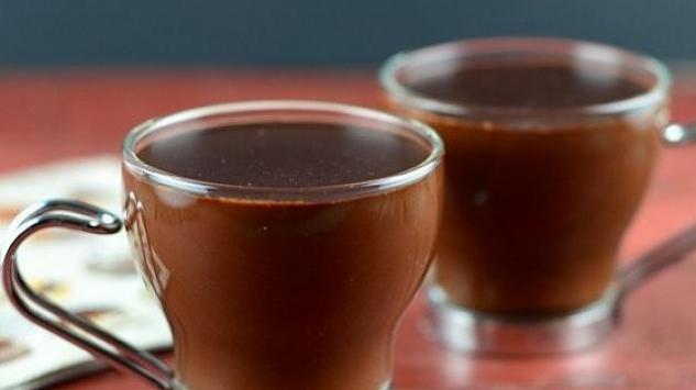 Nekoliko recepata za omiljeni zimski napitak - topla čokolada