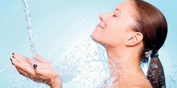 Sedam trikova: Savjeti za ljetnju njegu lica i ruku