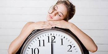Kako da se dobro naspavate uz samo 4-5 sati spavanja