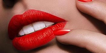 Trikovi za izbjeljivanje zuba uz pomoć šminke