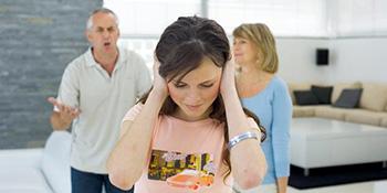 Roditelji mogu uništiti društveni život djece na ovih 10 načina
