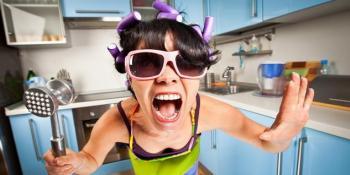 Dokazano da je ženama stresnije kod kuće nego na poslu