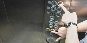 Zamislite ovu situaciju: svi horoskopski znakovi u zaglavljenom liftu!