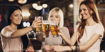 Evo zašto žene treba da piju pivo-7 razloga!