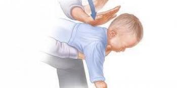 Kako pomoći djetetu koje se guši zbog stranog predmeta u grlu?