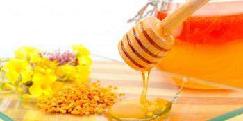 Prirodni lijek za imunitet od meda i kurkume