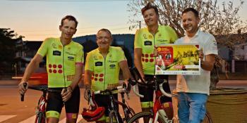 Na biciklima prolaze kroz sedam zemalja